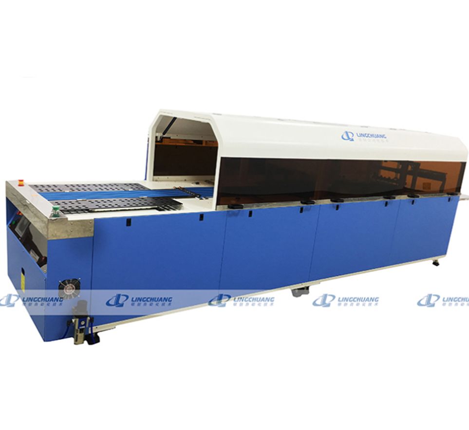 Automatic packaging machine manufacturers operate and manage parallel